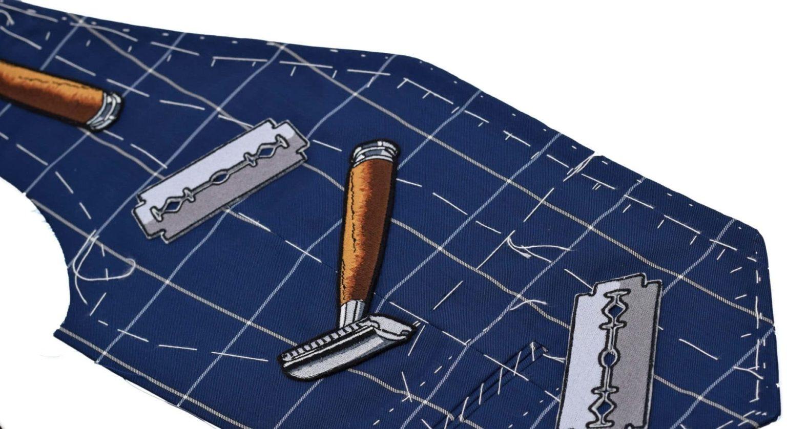 Gilet à carreaux avec applications Monsieur List en pièce unique et fait à la main.